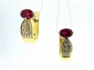 Auskarai Nr.100 (iš aukso, puošti rubinu ir briliantais)