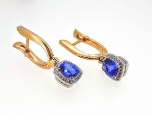 Auskarai Nr.131 (su mėlynuoju safyru ir briliantais, iš aukso)