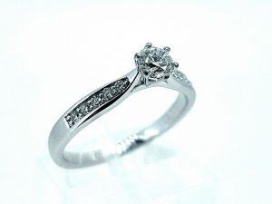 Žiedas Nr.148 (iš platinos arba aukso ,su briliantu)