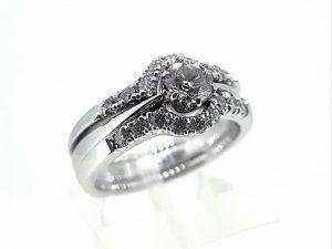Žiedas Nr.160 (dviejų dalių, iš aukso, su briliantais)