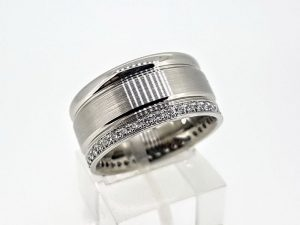 Žiedas Nr.181 (iš balto arba kitos spalvos aukso, su briliantais)