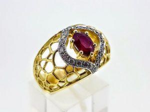 Žiedas Nr.184 (su rubinu ir briliantais, iš aukso)