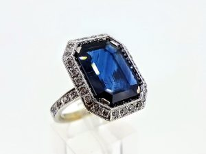 Žiedas Nr.185 (su safyru ir briliantais, iš aukso)