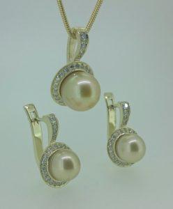 Komplektas Nr. 18 (iš aukso, su geltonaisiais perlais ir briliantais)