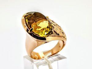 Žiedas Nr.199 (su geltonuoju topazu, iš aukso)