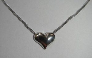 Kolje Nr.2 (su širdele, iš platinos arba balto aukso)