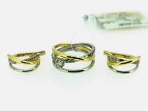 Auskarai ir žiedas iš aukso, su briliantais