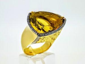 Žiedas Nr.202 (su citrinu ir briliantais, iš aukso)