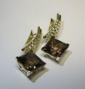 Auskarai Nr.26 (su dūminiu kvarcu arba kt.akmenimis, iš geltono aukso)