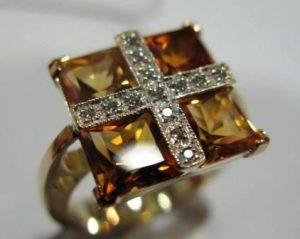 Žiedas Nr.3 (iš geltono aukso su citrinu ir briliantais)