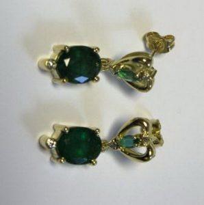 Auskarai Nr.30 (su smaragdais ir briliantais, iš aukso)