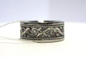 Žiedas Nr.39 (iš platinos, su aukso puošyba ir briliantais)
