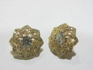 Auskarai Nr.45 (iš balto aukso, su žydrais topazais ir briliantais)