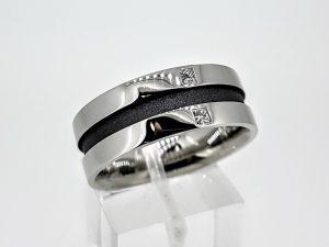 Vyriškas žiedas Nr.56 (iš balto ir juodo aukso, su deimantais)