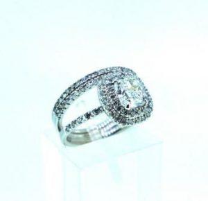 Žiedas Nr.97 (iš balto, geltono arba raudono aukso, puoštas briliantais)