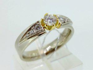 Sužadėtuvių žiedas Nr.104 (iš balto, arba kitos spalvos aukso, su briliantais)