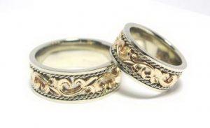 Vestuviniai žiedai Nr.112 (iš balto aukso, dekoruoti geltono aukso piešiniu)