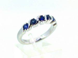Sužadėtuvių žiedas Nr.118 (iš balto arba kitos spalvos aukso, su safyrais)