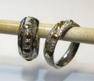 Vestuviniai žiedai Nr.11 (iš platinos,puošti geltonu auksu,moteriškas-iš 3-jų atskirų dalių)