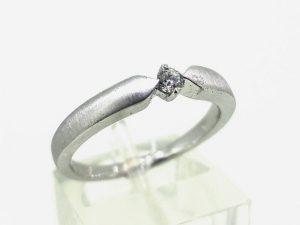 Sužadėtuvių žiedas Nr.129 (iš balto, arba kitos spalvos aukso, su briliantu)