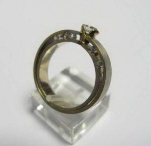 Sužadėtuvių žiedas Nr.12 (modernus, iš balto,geltono arba raudono aukso, su briliantais)