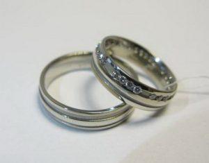 Vestuviniai žiedai Nr.12 (iš pasirinktos aukso spalvos, puošti brangakmeniais)