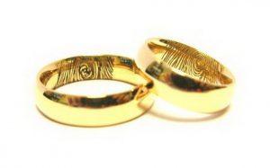 Vestuviniai žiedai Nr.130 (iš geltono aukso, su pirštų anspaudais vidinėj pusėj)