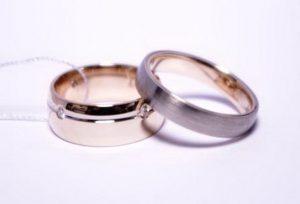 Vestuviniai žiedai Nr.141 (iš dviejų spalvų aukso, pora-iš skirtingų modelių)