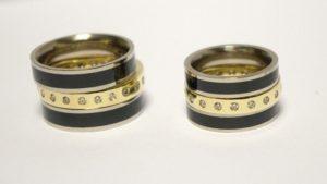 Vestuviniai žiedai Nr.142 (iš geltono aukso, puošto brangakmeniais ir emalės)