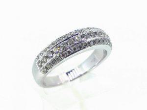 Sužadėtuvių žiedas Nr.149 (iš balto, geltono arba raudono aukso, su briliantais)
