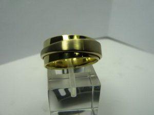 Vestuviniai žiedai Nr.14 (platūs vestuviniai žiedai, iš geltono ir balto aukso)