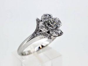 Sužadėtuvių žiedas Nr.153 (su briliantais, iš aukso)
