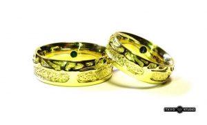 Vestuviniai žiedai Nr.178 (iš geltono aukso, puošti smaragdais)
