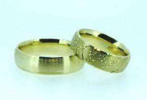 Vestuviniai žiedai Nr.181 (iš geltono aukso, mot.-su išraižomu piešiniu)