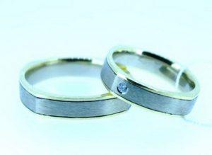 Vestuviniai žiedai Nr.182 (iš balto ir geltono aukso,matiniu paviršiumi)