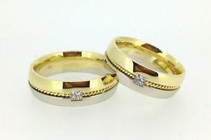 Vestuviniai žiedai Nr.206 (iš geltono ir balto aukso, su deimantais)