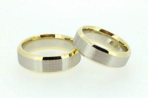 Vestuviniai žiedai Nr.207 (matiniu paviršiumi, iš balto ir geltono aukso)