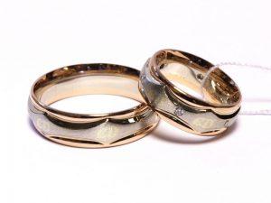Vestuviniai žiedai Nr.214 (iš platinos ir rožinio aukso, su inkrustuotomis monogramomis)