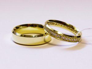 Vestuviniai žiedai Nr.232 (iš geltono aukso, mot.-su briliantais)