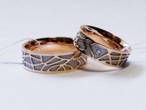 Vestuviniai žiedai Nr.238 (iš raudono, juodinto aukso)
