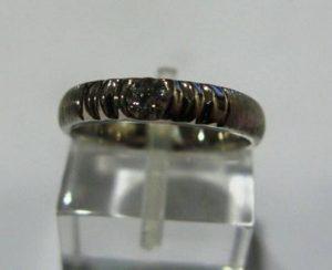 Sužadėtuvių žiedas Nr.23 (iš platinos arba balto aukso, su briliantu)