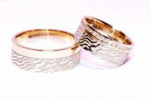 Vestuviniai žiedai Nr.245 (iš aukso, mot.-puoštas brangakmeniais)