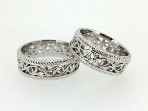 Vestuviniai žiedai Nr.247 (iš platinos, ažūriniai, su augaliniu ornamentu)