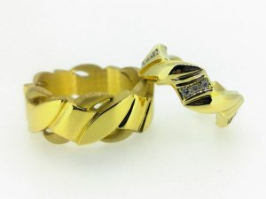 Vestuviniai žiedai Nr.266 ( iš geltono, raudono arba balto aukso, mot.-su briliantais)