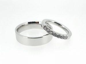 Vestuviniai žiedai Nr.288 (iš bato arba kitos spalvos aukso, mot.-su briliantais)