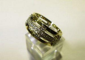 Vestuviniai žiedai Nr.28 (iš geltono ir balto aukso, puošti brangakmeniais)