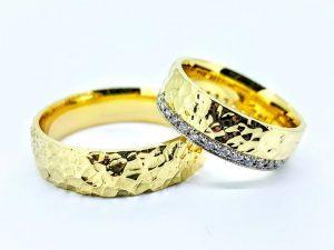 Vestuviniai žiedai Nr.298 (iš geltono, balto arba raudono aukso, mot.-su briliantais)