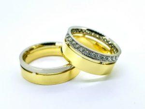 Vestuviniai žiedai Nr.305 (iš dviejų spalvų aukso, mot.-su briliantais)