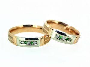 Vestuviniai žiedai Nr.311 (iš aukso, puošti smaragdais ir briliantais)