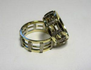 Vestuviniai žiedai Nr.35 (iš dviejų spalvų aukso, platūs)